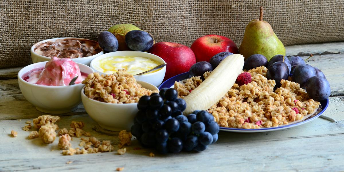 Fruit muesli with yogurt and cereals